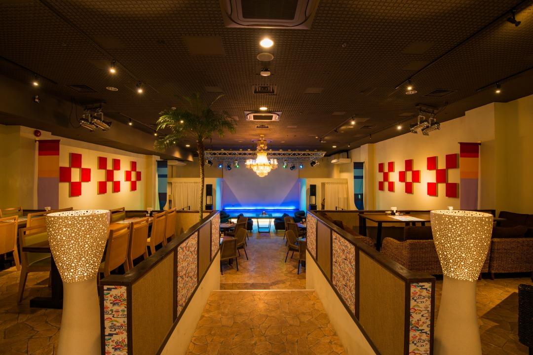Show & Restaurant SunSean-三線-(ショー&レストラン -三線-)