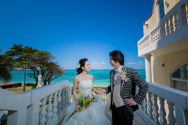 リザンシーパークホテル谷茶ベイ/リザン・ル・アンジュマリー教会
