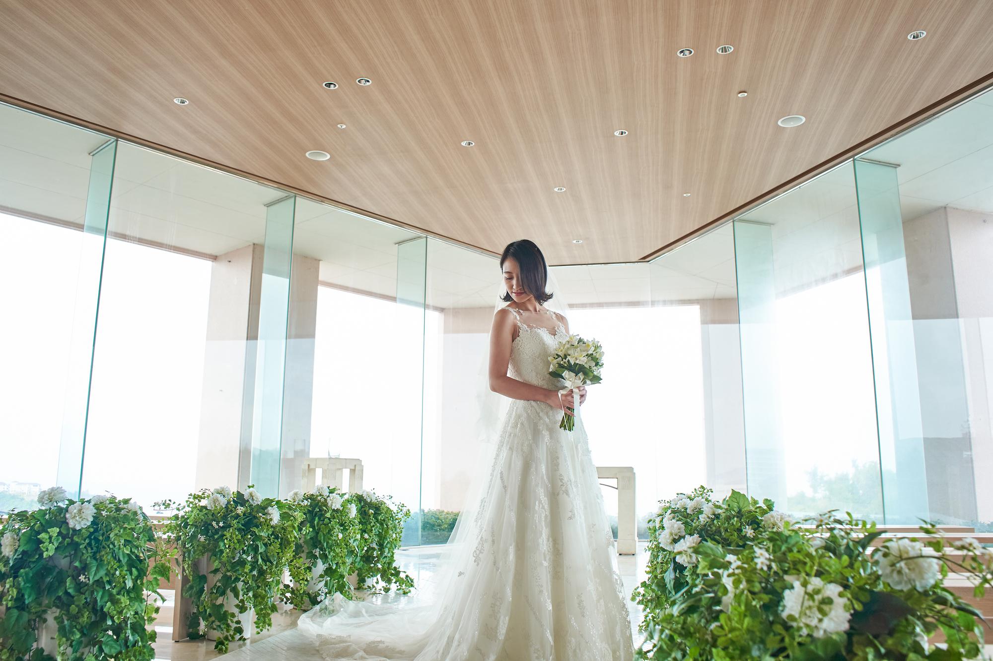1126【平日限定】ドレス試着フェア♩ 沖縄で人気のウエディングドレス試着&挙式相談フェア